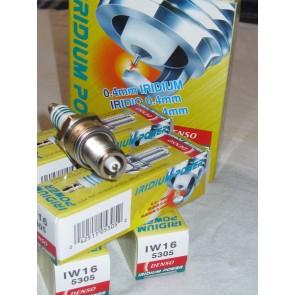 Bujía Iridium Power marca DENSO modelo IW16